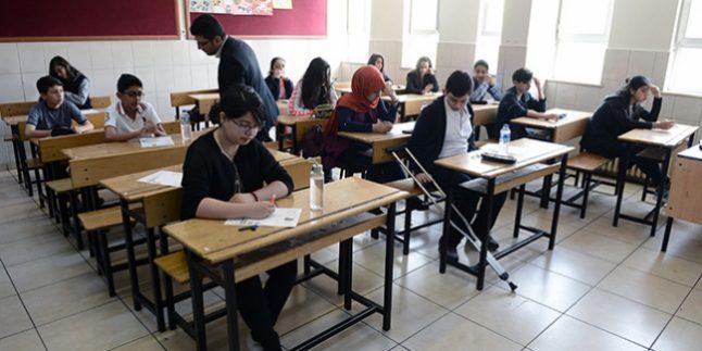 Özel Okullar Devlet Okullarını Geçti