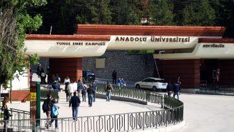 Anadolu Üniversitesi Yaz Okulu Duyurusu Yayımlamıştır